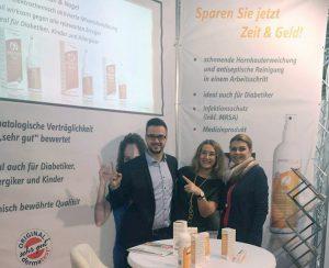 Emilia Schubertova und Jörn Gahrig Verkaufsleiter Prontomed